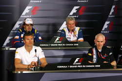 David Coulthard, Red Bull Racing, Fernando Alonso, Renault F1 Team, Pat Symonds, Renault F1 Team, Executive Director of Engineering, Geoff Willis, Red Bull Racing, Technical Director