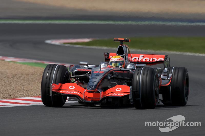 2008 : McLaren MP4-23, à moteur Mercedes