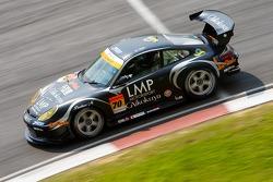 Yutaka Yamagishi and Yoshimi Ishibashi, LMP Porsche