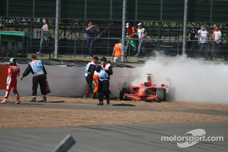 Felipe Massa, Scuderia Ferrari crashes into the tyre wall at Stowe corner