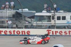 Marco Andretti and Ryan Briscoe crash