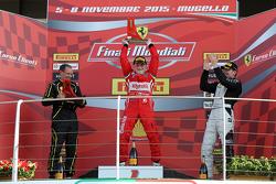 Gara 1 Shell, il podio: primo, #180 Kessel Racing Ferrari 458 Italia: Gautam Singhania, secondo #181 Ineco - MP Racing Ferrari 458 Erich Prinoth, terzo # 92 Kessel Racing Ferrari 458 Jacques Duyver