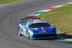 #66 StieF Squadra Corse Ferrari 458: Joe Macari