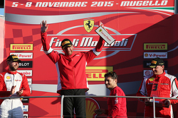 "Carrera 1 Pirelli. Primer puesto #55 Scuderia Autoropa Ferrari 458: ""Babalus"", segundo sitio #84 Octane 126 Ferrai 458 Bjorn Grossmann, y tercer lugar #50 Ineco - MP Racing Ferrari 458 David Gostner. Entrega de premios Giancarlo Fisichella Ferrari"