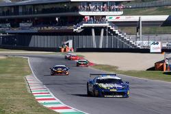 #55 Scuderia Autoropa Ferrari 458: Маттео Сантопонте лидирует в группе