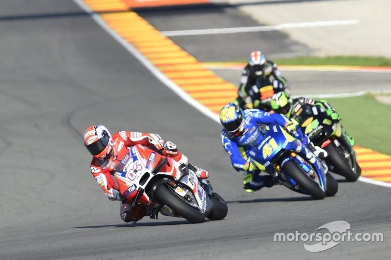 Andrea Dovizioso, Ducati Team and Aleix Espargaro, Team Suzuki MotoGP and Pol Espargaro, Tech 3 Yama