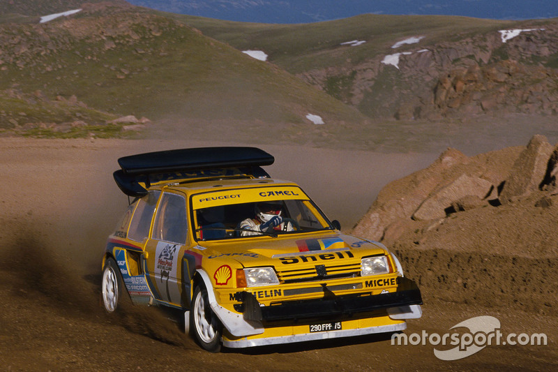 andrea zanussi, peugeot 205 turbo 16 bei pikes peak - bergrennen fotos