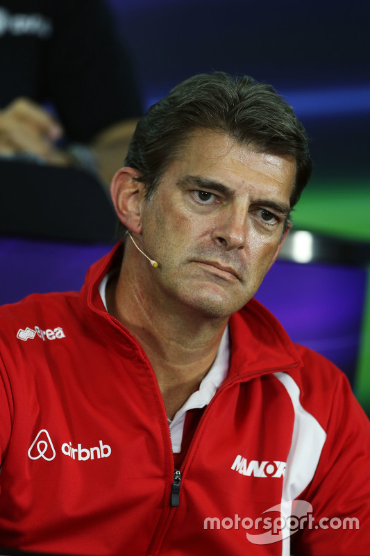 Graeme Lowdon, Manor Marussia F1 Team Chief Executive Officer in de FIA persconferentie