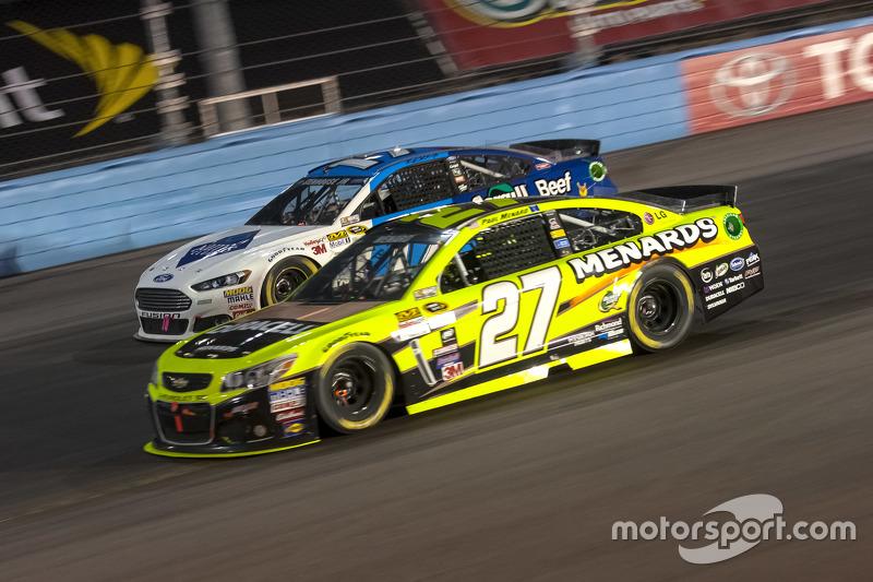Пол Менард, Річард Чілдресс Racing Chevrolet та Ріккі Стенхауз мол., Roush Fenway Racing Ford