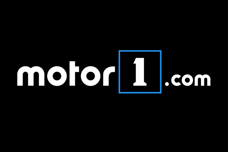 Motor1.com лого