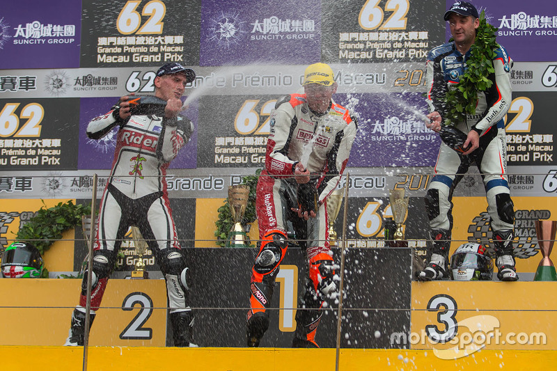 Podium: winner Peter Hickman, second place Martin Jessopp, third place Michael Rutter
