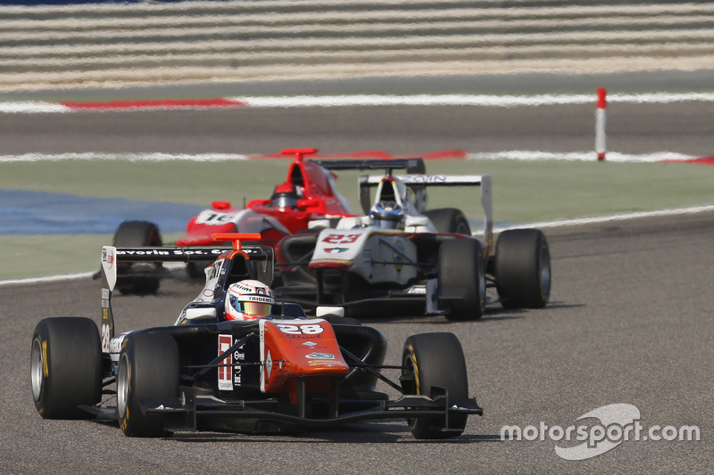 Мішель Беретта, Trident лідирує  Заід Ашканані, Campos Racing та Александер Босак, Arden International