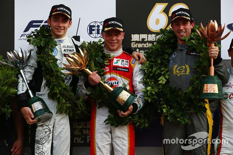 Podium: 1. Felix Rosenqvist, Prema Powerteam; 2. Charles Leclerc, Van Amersfoort Racing; 3. Alexande