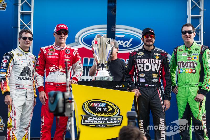 Die 4 NASCAR-Titelkandidaten 2015: Jeff Gordon, Hendrick Motorsports Chevrolet; Kevin Harvick, Stewa