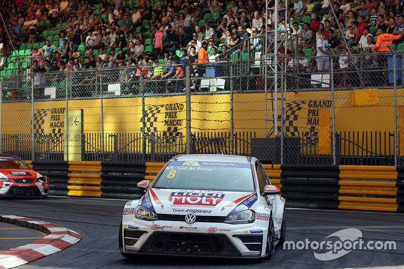 Михайло Грачов, Volkswagen Golf TCR, Team Engstler