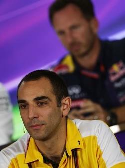 Сириль Абитбуль, управляющий директор Renault Sport F1 на пресс-конференции FIA