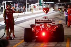 Себастьян Феттель, Ferrari SF15-T в гараже
