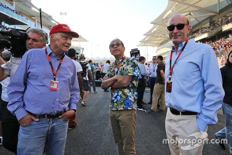 Нікі Лауда, Невиконавчий голова Mercedes, та Дональд МакКензі, CVC Capital Partners Managing Partner, Co Head of Global Investments (Right)