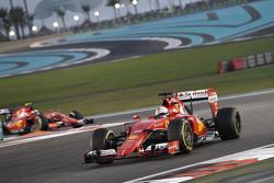 Sebastian Vettel e Kimi Raikkonen, Ferrari SF15-T
