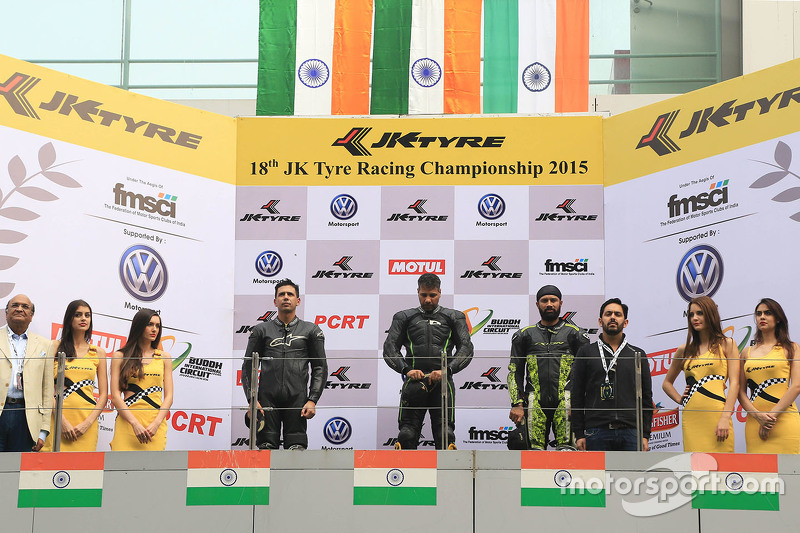 Podium: winner Simran Jeet, second place Deepak Ravi Kumar, third place Sandesh Prasanna