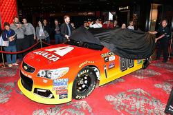 Das neue Farbdesign für Dale Earnhardt Jr., Hendrick Motorsports Chevrolet, mit Sponsor Axalta