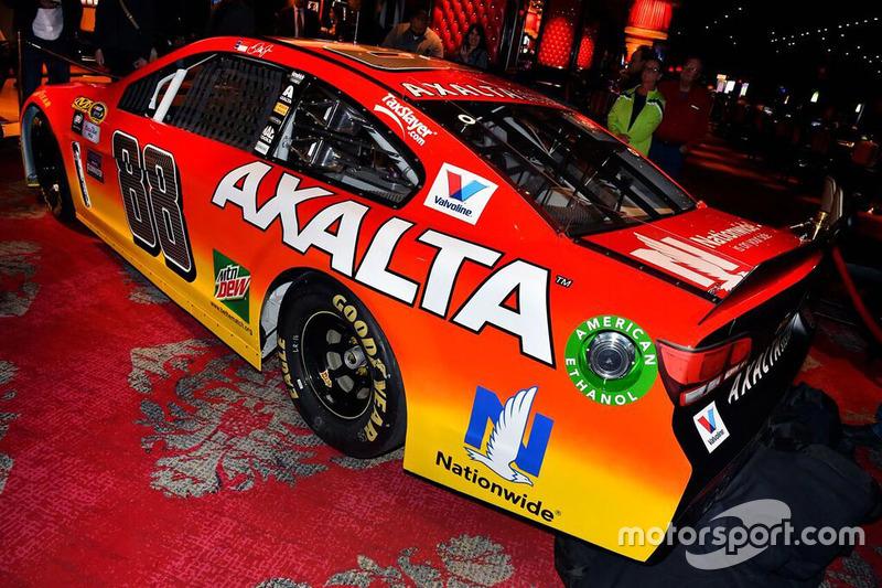 New Дейл Ернхардт мол., Hendrick Motorsports Chevrolet Axalta paint scheme