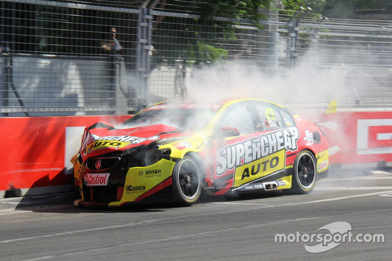 Tim Slade, Walkinshaw Racing, Holden, Unfall