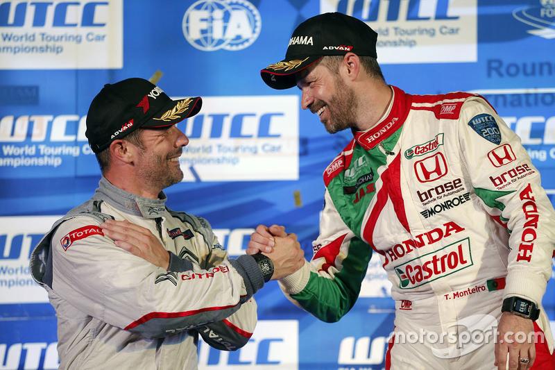 Race 2 podium: winner Tiago Monteiro, Honda Racing Team JAS and Sébastien Loeb, Citroën World Tourin
