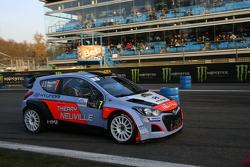 Thierry Neuville, dan Julien Vial, Hyundai i20