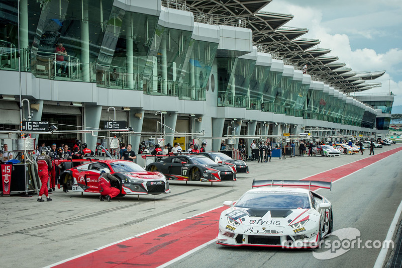 #69 Team Fydis Aylezo Lamborghini Super Trofeo Huracan: Zen Low, Мітчелл Гілберт, Matthew Swanepoel