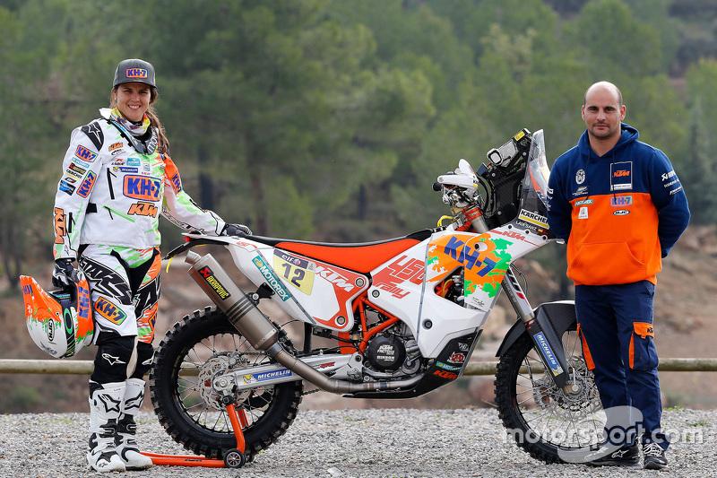 Laia Sanz na apresentação da KTM para o Dakar