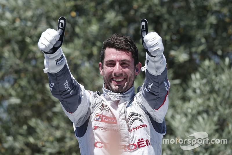Race winner Jose Maria Lopez, Citroën World Touring Car team