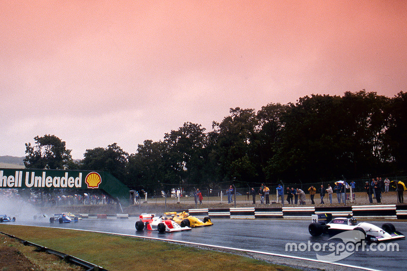 Damon Hill leads Allan McNish, Eddie Irvine and Phil Andrews