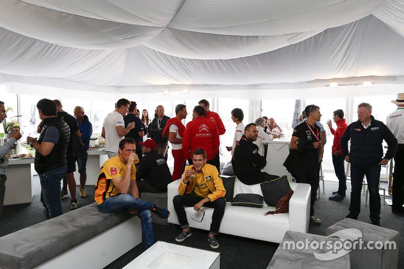 Нікі Катсбург, Lada Vesta WTCC, Lada Sport Rosneft та Яп ван Лаген, Lada Vesta WTCC, Lada Sport Rosneft