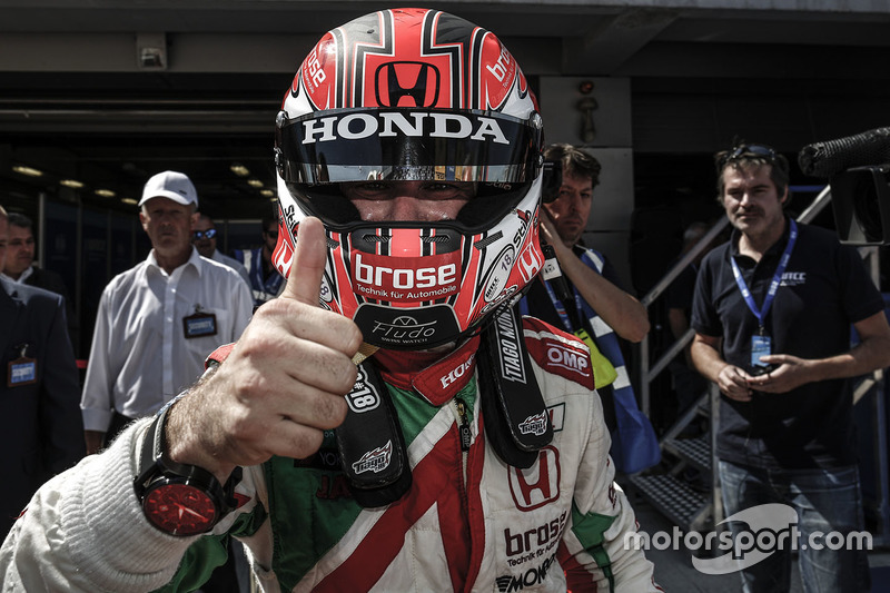 Juara balapan Tiago Monteiro, Honda Civic WTCC, Honda Racing Team JAS