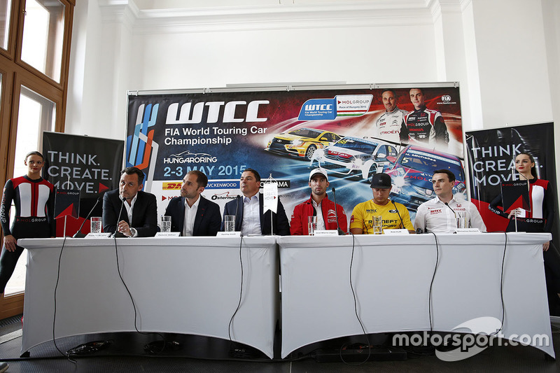 Press conference: François Ribeiro, Eurosport Events Motorsport Director, Jose Maria Lopez, Citroën