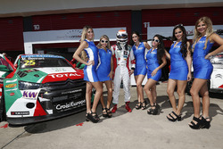 Mehdi Bennani, Citroën C-Elysee WTCC, Sébastien Loeb Racing with grid girls