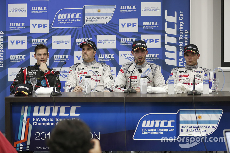 Press conference: Tom Chilton, Chevrolet RML Cruze TC1, ROAL Motorsport, Yvan Muller, Citroën C-Elysee WTCC, Citroën World Touring Car team, Jose Maria Lopez, Citroën C-Elysee WTCC, Citroën World Touring Car team and Sébastien Loeb, Citroën C-Elysee WTCC, Citroën World Touring Car team