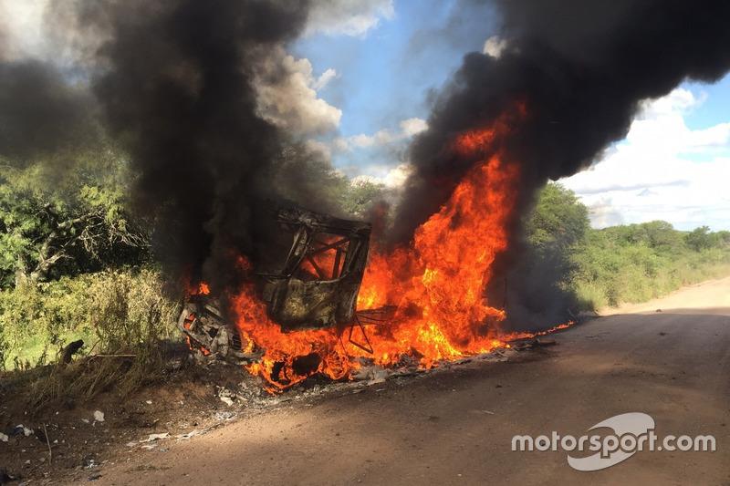 # 509 雷诺:马丁·范·登·布林克的卡车被烧毁