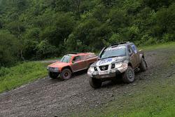 #336 Nissan: Jurgen Schroder, Daniel Schroder; #337 Gordini: Sheldon Creed, Jonah Street