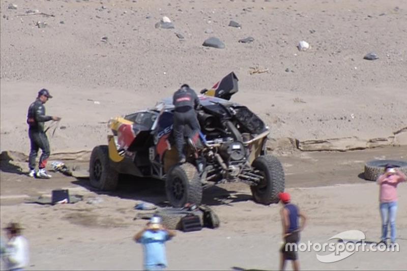 #314 Peugeot: Sebastien Loeb, Daniel Elena depois do acidente