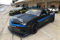 Blackdog Speed Shop Chevrolet Camaro Z/28.R tanıtımı