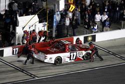 Arrêt aux stands pour Timothy Peters, Red Horse Racing Toyota