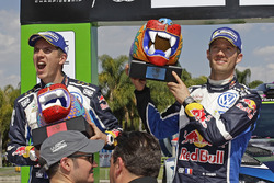 Podio: segundo lugar Sébastien Ogier, Julien Ingrassia, Volkswagen Polo WRC, Volkswagen Motorsport