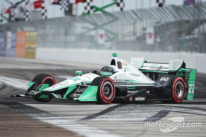 #22 Simon Pagenaud (Penske-Chevrolet)