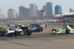 Start: Marco Andretti and Paul Tracy