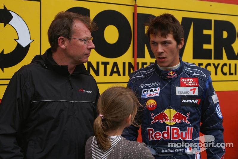 "2007-2008: <img src=""https://cdn-5.motorsport.com/static/img/cfp/0/0/0/0/75/s3/france-2.jpg"" alt="""" width=""20"" height=""12"" />Жан-Карл Вернэ"