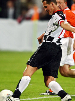 Charity Football Match, Nazionali Piloti vs All Stars Team: Michael Schumacher, Test Driver, Scuderia Ferrari