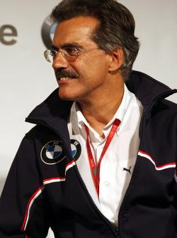 BBQ at FBMW Hospitality: Dr. Mario Theissen, BMW Sauber F1 Team, BMW Motorsport Director