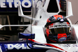 Robert Kubica, BMW Sauber F1 Team use a small light fixed on his helmet